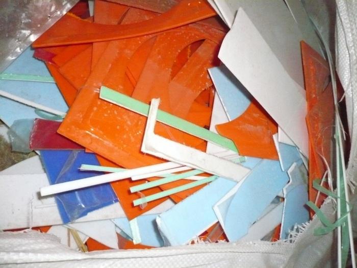Отходы оргстекла (акрила, ПММА)