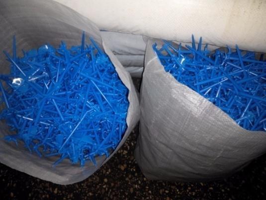 Брак отходы пластика