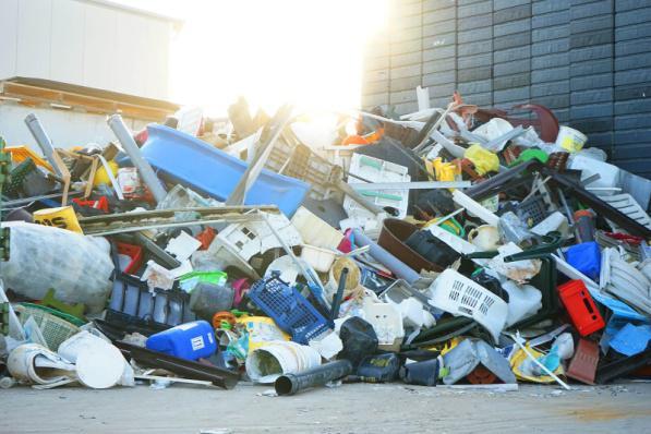 Пластмассы отходы