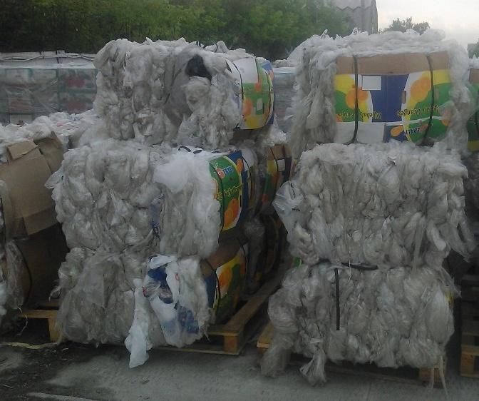 Отходы стрейч-плёнки прозрачные загрязнённые_1
